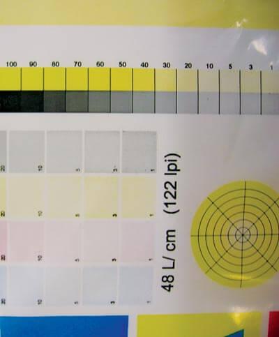 В светах 1%-ная точка для пурпурной и черной красок воспроизводится как 3 или 5%-ная